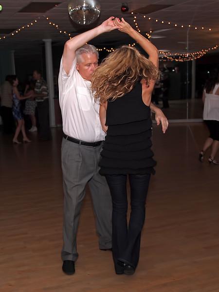 WCS Dancing at Avant Garde - 27 Aug 2011