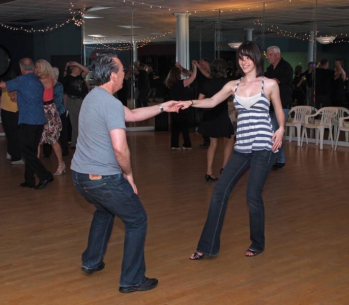 WCS Dancing at Avant Garde - 23 Apr 2011