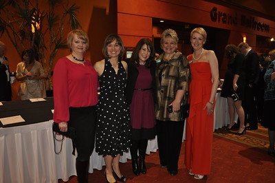 Angie Albright, Kassie Misiewicz, Kelly Zega, Denise Garner, Molly Rawn 2