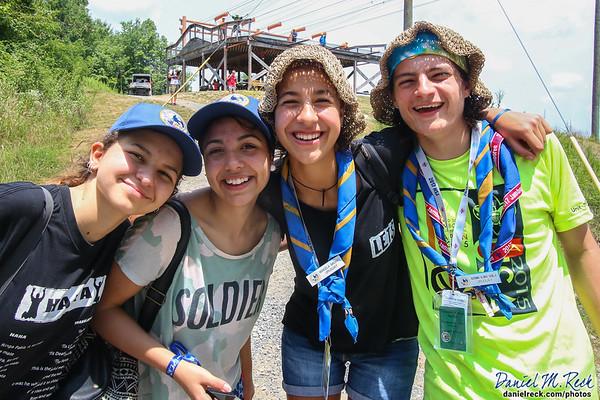 Los Scouts Uruguayos Dicen ¡Hola!
