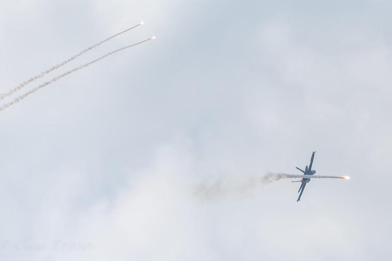 HN-435 flares and afterburner