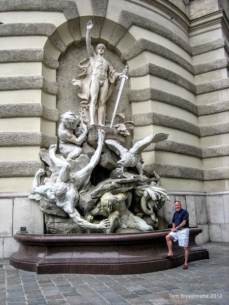 Statue de Neue Burg