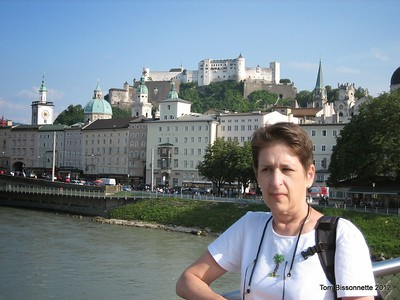 Bette on the Salzach