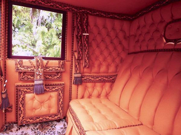 Luxury carriage comfort