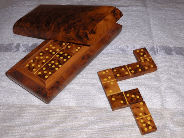 dominoes ...