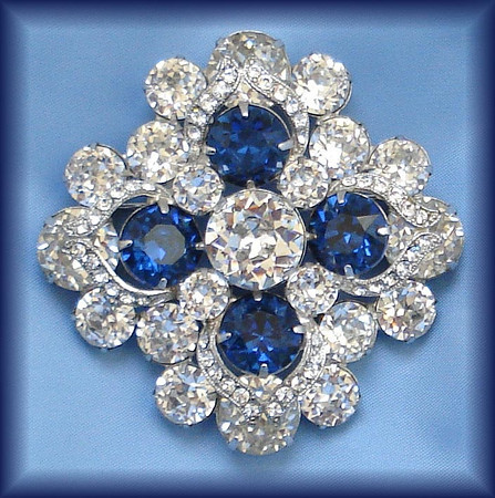 Brooch of