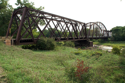 Iron Truss bridge over Republican River - west of Rice.
