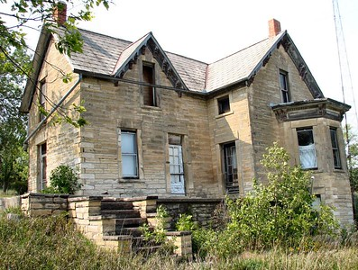 Abandoned stone house - northern Cloud County