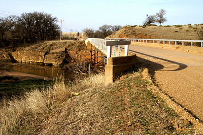 Smoky Hill River bridge on 5th Rd