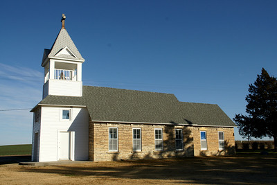 St Luke's Lutheran Church on Jewell / Cloud county border