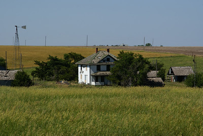 Abandoned farmstead - eastern Osborne County