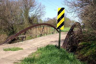 West Creek bowstring truss bridge on Republic / Cloud county line