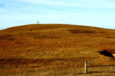 Pony Express Rider statue at top of hill south of Hanover - eastern Washington County
