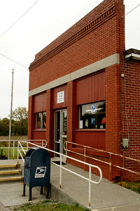 Post Office in Cummings