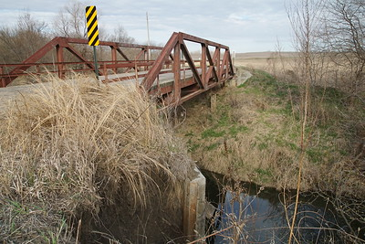 Pony truss bridge over Wolf River southeast of Hiawatha