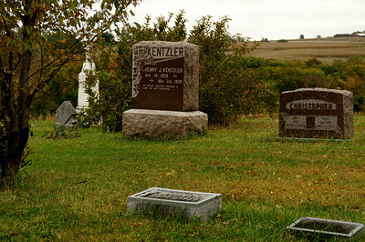 Rosedale Cemetery southwest of Wathena