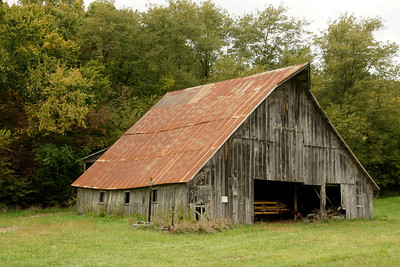 Old barn on Treece Rd north of Wathena