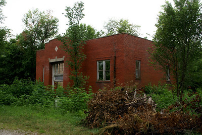 Abandoned school in Le Loup