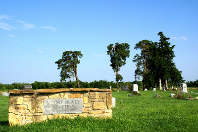 Mount Olivet Cemetery west of Princeton
