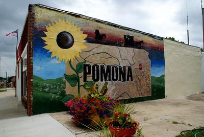 Town mural in Pomona