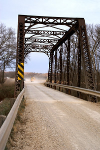 Thru truss bridge over Lyon Creek near Wreford