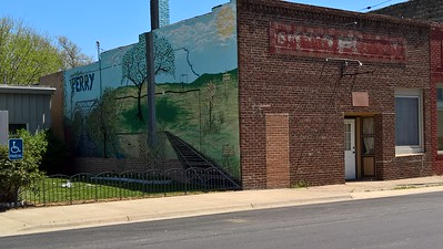 Town mural in Perry