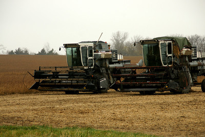 Combines in southern Johnson County
