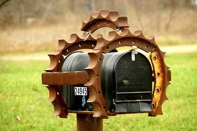 Mailbox art southern Johnson County