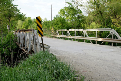 Pony truss bridge over Hog Creek west of Basehor