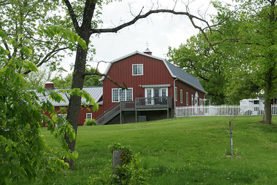 House styled like a barn in southern Leavenworth County