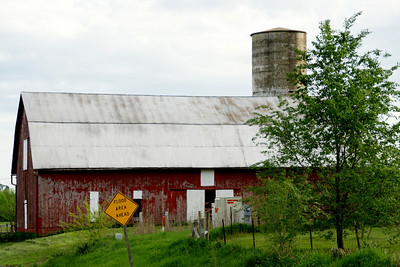 Barn southeast of Tonganoxie