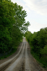Road through the glacial hills west of Basehor