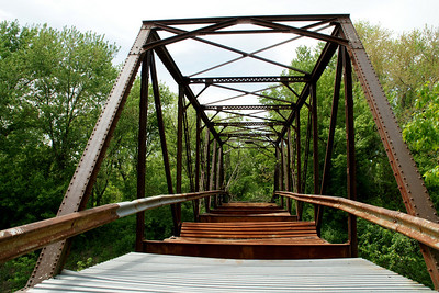 Abandoned iron thru truss bridge over Stranger Creek - northwest Leavenworth County