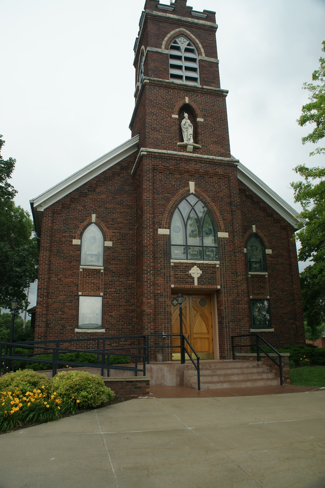 Catholic church in Beattie