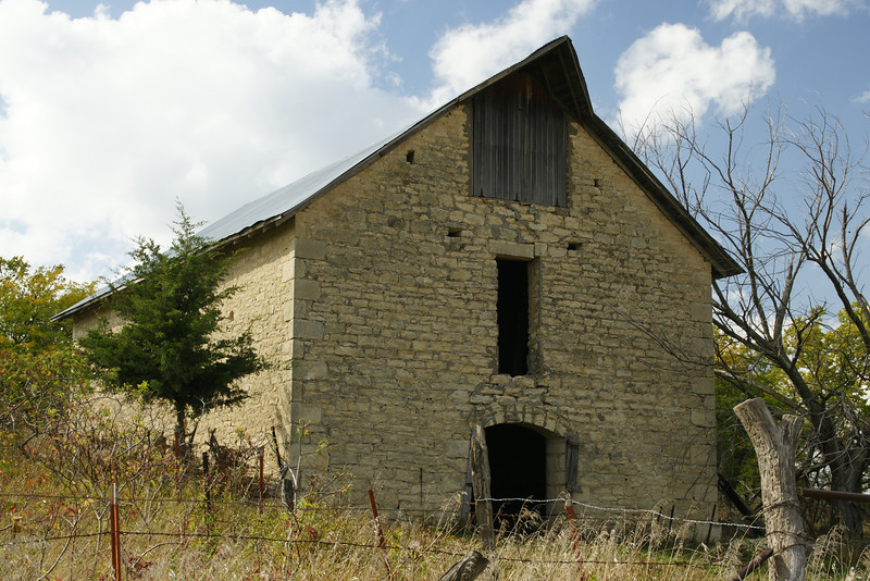 Limestone barn - southern Marshall County