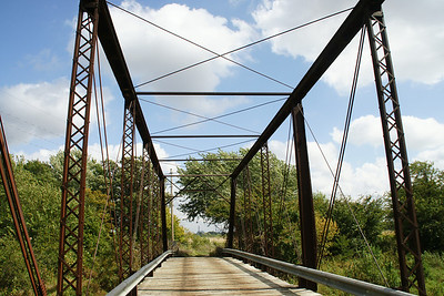 Thru iron truss bridge over North Fork Black Vermillion River west of Vliets