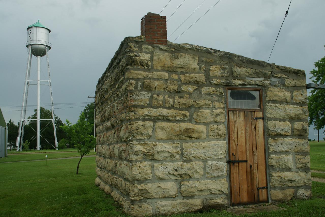 Former limestone jail in Summerfield
