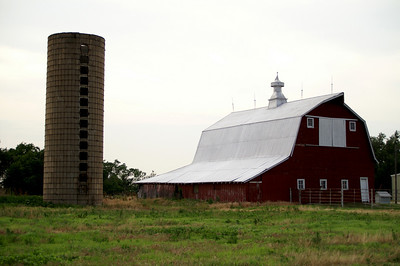 Barn and silo - eastern Morris County