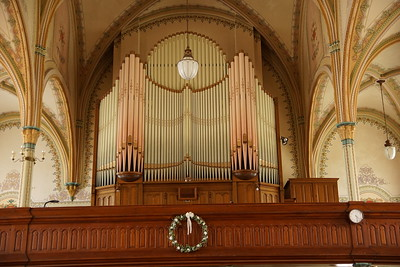 Pipe organ in back of St Marys Church