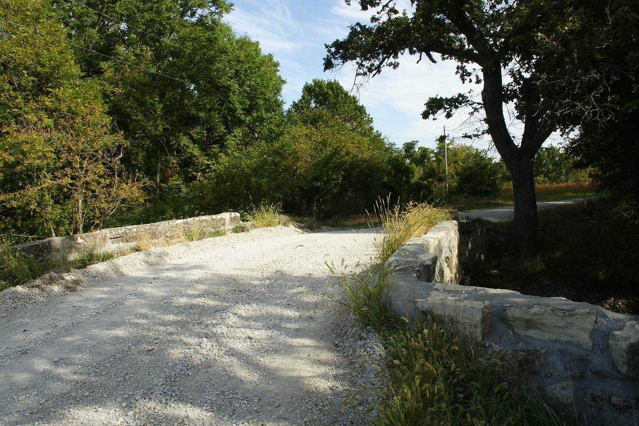 Stone arch bridge over Darnells Creek near Westmoreland
