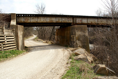 Railroad bridge over Mill Creek near Maple Hill