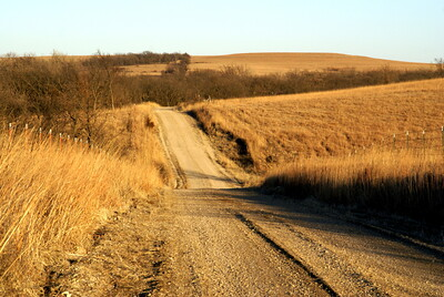 Road thru the hills near Nehring Creek