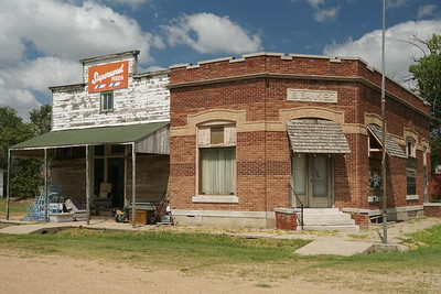 Former bank in Ludell