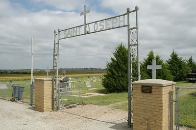 Saint Joseph Cemetery near Damar