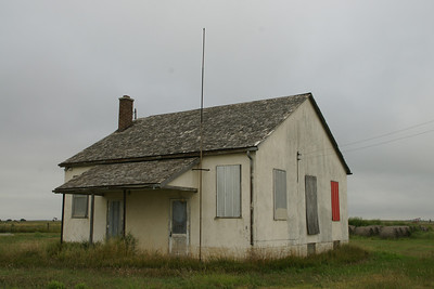 Abandoned building near Palco