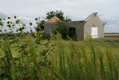 Abandoned school along Gyp Hills Scenic Drive