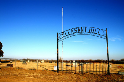Pleasant Hill Cemetery southwest of Zenda