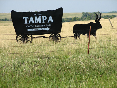 Sign pointing toward the town of Tampa - northern Marion County