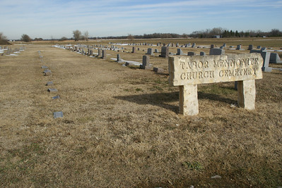 Tabor Mennonite cemetery - western Marion County