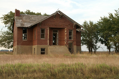 Abandoned Livingston school